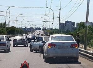 Авария на мосту застопорила движение в новой части Волгодонска