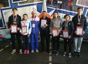 Школьники Волгодонска штурмовали двухэтажную башню