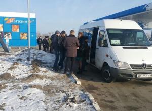 Два депутата, общественники и СМИ отправились на экскурсию в таганрогский «Мармелад»