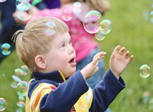 Средства президентского гранта помогут сотням волгодонских детей с особенным психологическим развитием