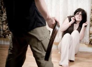 Ревнивый муж забил ремнем жену насмерть и выкупал ее в ванне