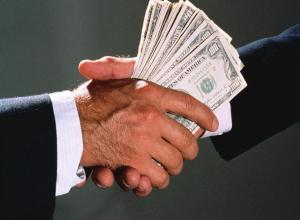«Табачный король» замешан в «грязных» схемах по отмыванию денег?