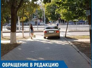 Водитель решил «перейти» по пешеходному переходу? – волгодонцы о странном поведении автомобилиста