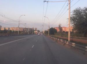 На мосту предлагают сделать трехполосное движение для ликвидации пробок в Волгодонске