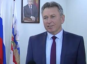 Виктор Мельников поздравил Волгодонск с Днем энергетика