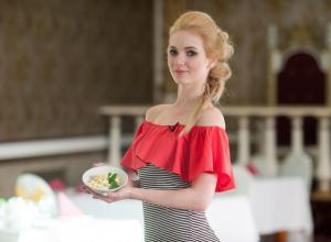 Салат для мужчин приготовила участница «Мисс Блокнот» Валерия Левкова
