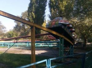 Авария на «Веселых горках» в парке Победы закончилась страшным инцидентом для детей, - житель Волгодонска