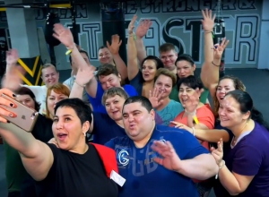 Почти 2 тонны - вес участников второго сезона реалити-шоу «Сбросить лишнее»