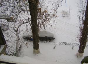 Улицы Волгодонска после ночного снегопада чистит максимальное количество уборочной техники