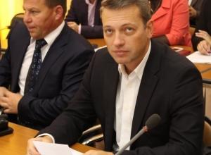 Максим Плоцкер займет в думе Волгодонска место погибшего депутата Александра Смольянинова