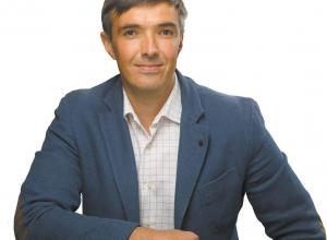 Депутат Дмитрий Ткаченко за год стремительно обеднел почти на полмиллиона