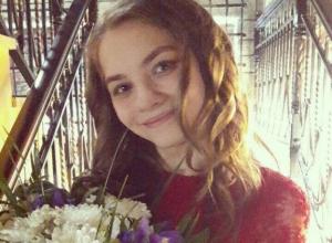 16-летняя красавица из Волгодонска покорила жюри Всероссийского конкурса своим «серебряным» голосом