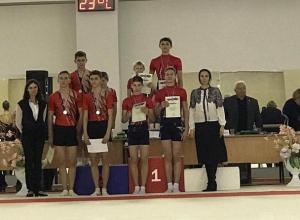 Волгодонские акробаты вернулись с победой с Всероссийских соревнований