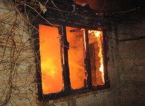 34-летний мужчина сгорел в жилом доме в Дубовском районе