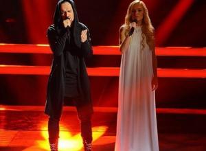 Внучка известного волгодонца Саша Ксенофонтова заставила Полину Гагарину расплакаться в прямом эфире шоу «Голос»