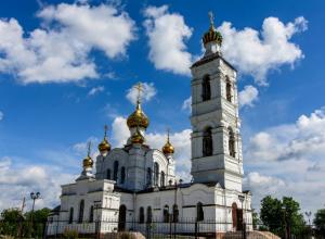 В Свято-троицком храме у залива Волгодонска началась роспись стен