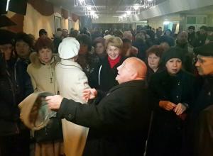 Масштабным скандалом с полицией и возмущением сотен зрителей обернулась отмена спектакля «Летучая мышь» в Волгодонске