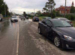 Авария с участием «Лексуса» и «Судзуки» произошла в Волгодонске