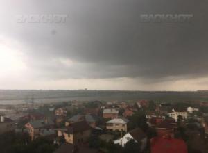 Ливневый дождь может обрушиться на Волгодонск в первой половине дня