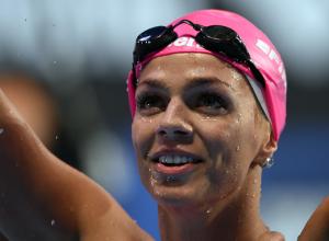 Мировая чемпионка по плаванию Юлия Ефимова в 2 года переплыла реку Хопер