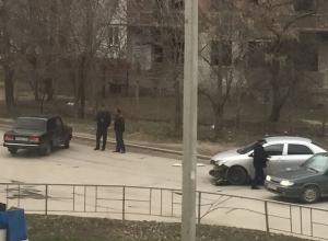 «Семерка» и иномарка не поделили перекресток в старой части Волгодонска