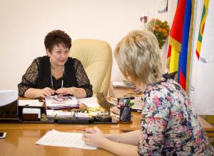 О женских слабостях, собственной кулинарной книге, семье и традициях рассказала первая в истории Волгодонска  женщина-глава города