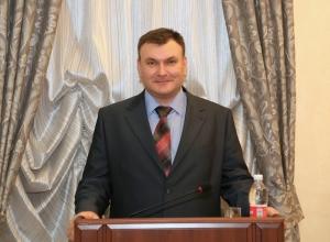 Бывший сотрудник обанкротившегося банка «Максимум» возглавил муниципальную службу Волгодонска