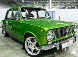 «Двойки», «восьмерки», «тройки» и «девятки»... Рейтинг самых распространённых авто в России и уход за ними