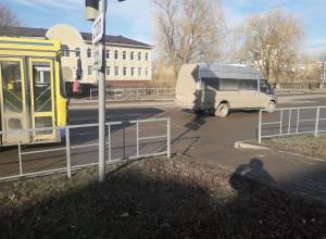После ДТП с 12-летним пешеходом-нарушителем возле «Авангарда» ГИБДД напомнило детям о ПДД