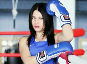 Волгодончанка Екатерина Пинигина в полуфинале ЧР по боксу встретится с якутянкой