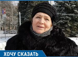 Птицам голодно и холодно, их нужно подкармливать - жительница Волгодонска