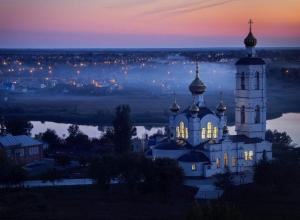 Как и когда будут проходить рождественские службы в Свято-Троицком  храме Волгодонска