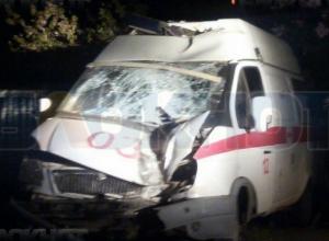 Свидетелей серьезной аварии с участием «скорой» в Волгодонске просят откликнуться