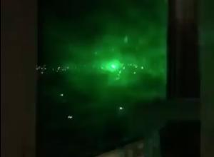Странное зеленое свечение в Волгодонске попало на видео