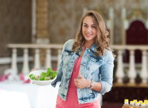 «Хорошее сочетание»: Язык и яичко принесли Анастасии Журавлевой «четверку» в кулинарном этапе