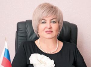 Депутат Таисия Чевтаева, передвигающаяся на внедорожнике за 6 миллионов «обеднела» более, чем в 7 раз