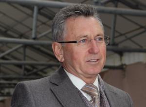 Виктор Мельников намерен сократить численность работников администрации и перевести финконтроль себе в подчинение