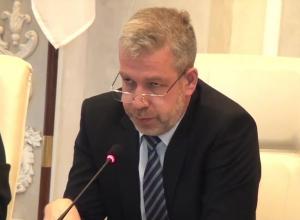 Депутаты гордумы Волгодонска пошли в бой против сити-менеджера Андрея Иванова