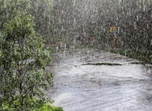 На Волгодонск надвигаются ливневые дожди