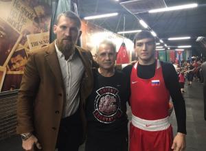 Чемпионы мира по боксу провели тренировку с подрастающим поколением в Волгодонске