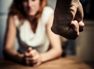 Женщину жестоко забили до смерти в ее доме в Волгодонском районе