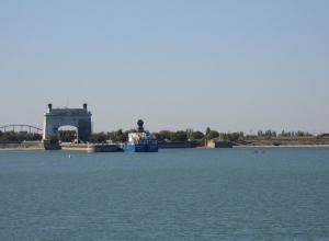 Стало известно количество шлюзований на Волго-Донском канале в первую неделю навигации