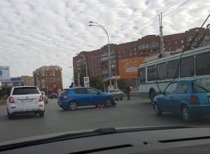 В Волгодонске для двух автомобилистов субботнее утро началось с ДТП