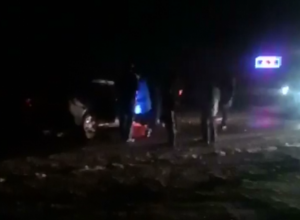 Авария с влетевшей под фуру «легковушкой» на въезде в Волгодонск попала на видео