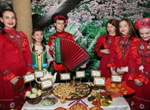 Семь национальностей объединил фестиваль народов Дона в Волгодонске
