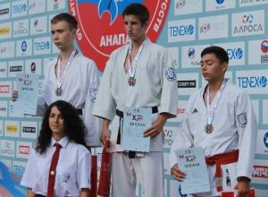 Всероссийские медали привезли юные волгодонцы с юношеских игр боевых искусств