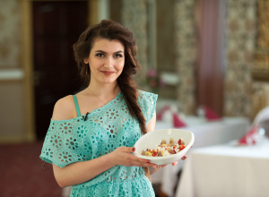 «Я художник, я так вижу»: Чем удивила жюри кулинарного конкурса участница «Мисс Блокнот»