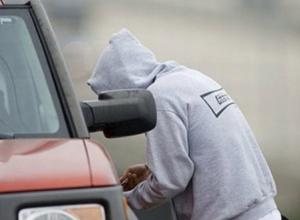 Полицейские вычислили молодого угонщика-рецидивиста