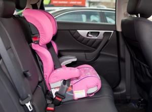 Автомобилистов Волгодонска проверят на наличие детских кресел