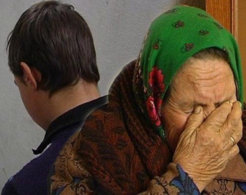 Трое молодых мужчин избили и ограбили пенсионеров в Цимлянском районе